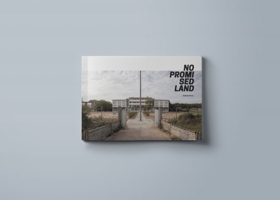 No Promised Land di Andrea Ferro - Crowdbooks Publishing